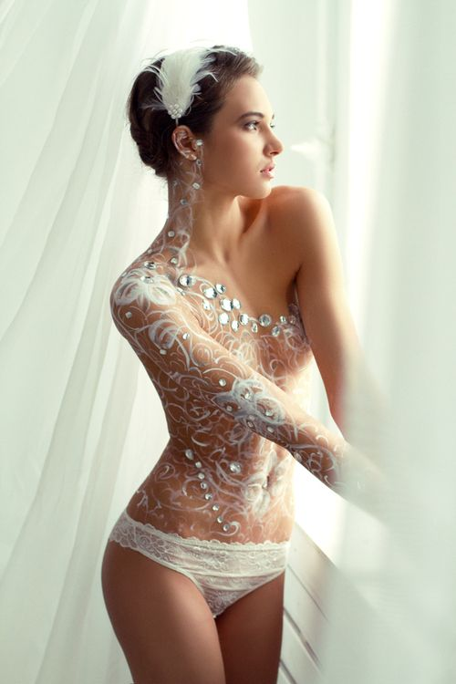 Pretty body paint pictures