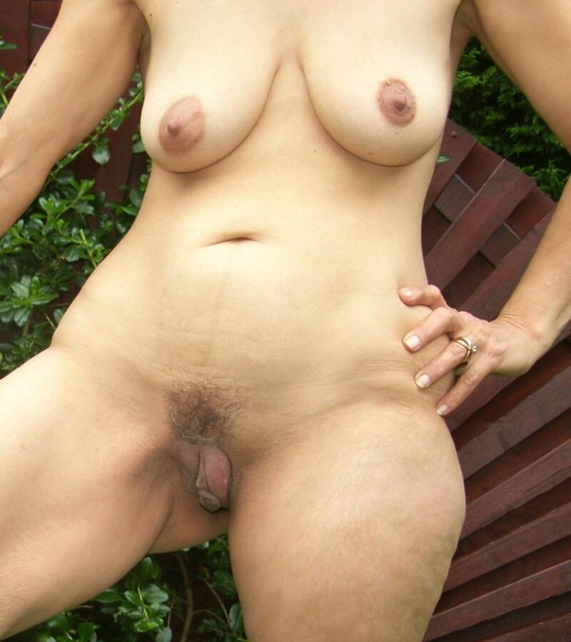 Huge meaty mature pussy fucked
